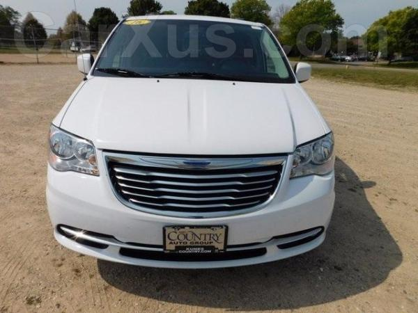 used 2016 chrysler town country touring l car for sale 19 900 usd on carxus automotive. Black Bedroom Furniture Sets. Home Design Ideas